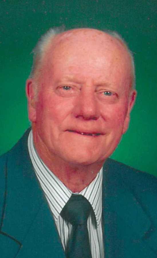 """Robert E. """"Bunker"""" Hill  89"""